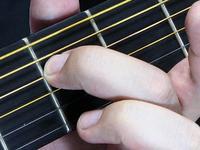 弦を押さえるときの注意点
